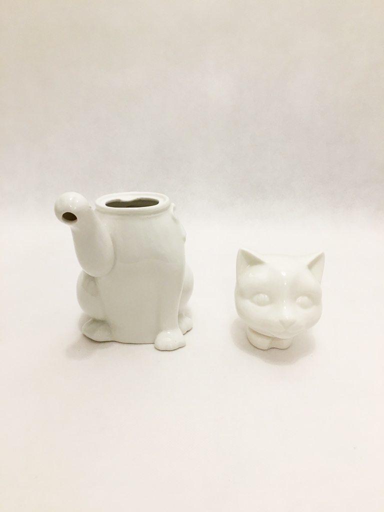 White Porcelain Cat Teapot